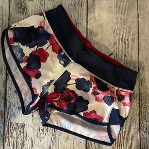 Lululemon Speed up shorts floral